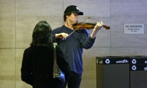 Joshua Bell, Metro Station